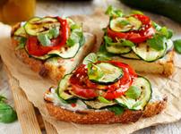 Калифорнийски сандвич със зеленчуци