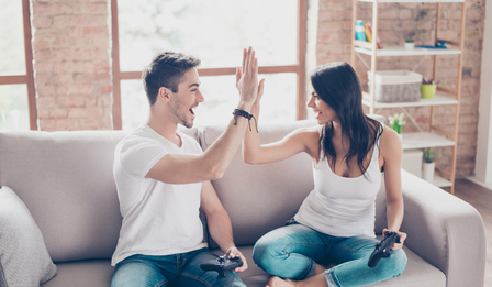 Щастливите двойки правят едно нещо всяка седмица