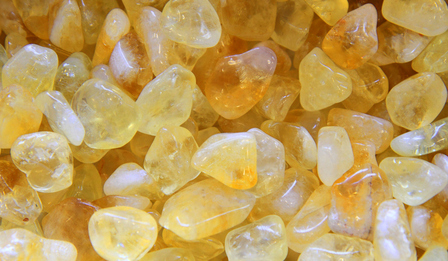 Цитрин - камъкът, който според фъншуй привлича парите