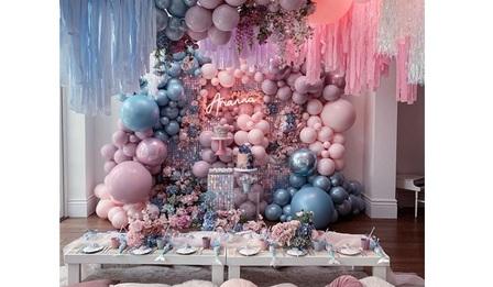 Украса за парти с балони и цветя