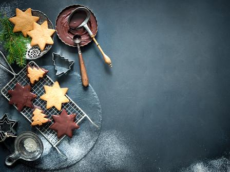 Коледни бисквити с две съставки