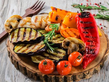 Зеленчуци на грил с марината