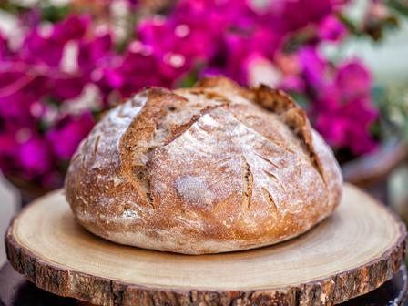 Постен хляб с чесън и розмарин