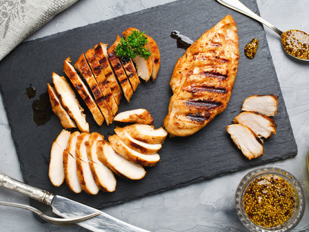Азиатско мариновано пиле на грил